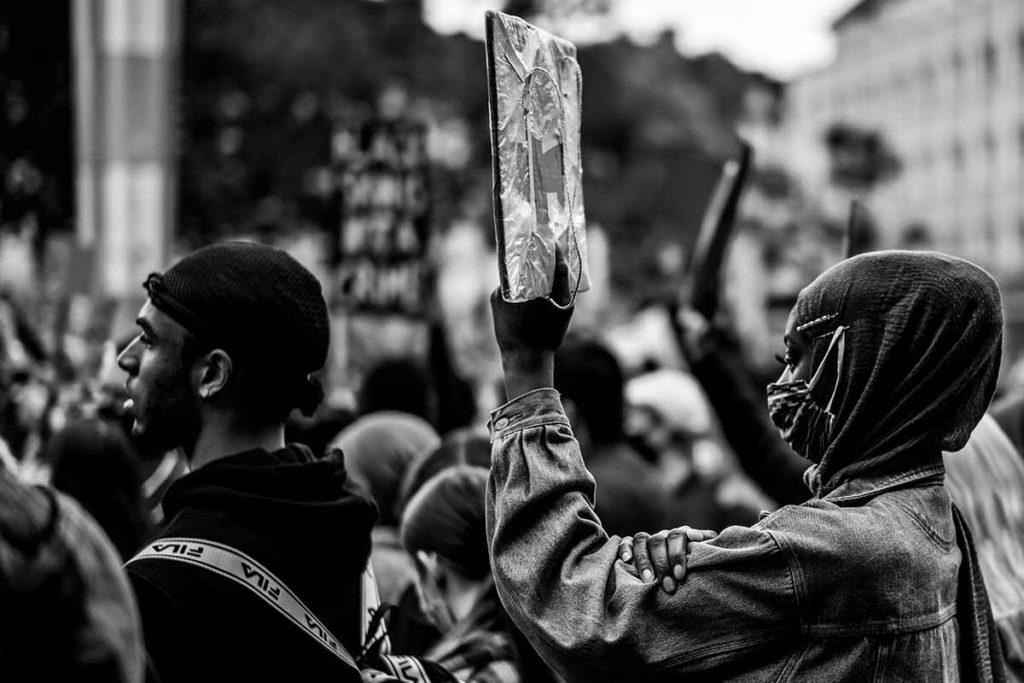 Guinea proteste contro Alpha Condé